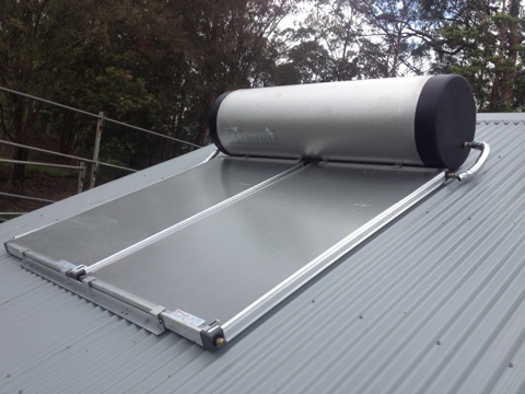 Rinnia 330lt Roof Mounted Solar Hot Water Heater